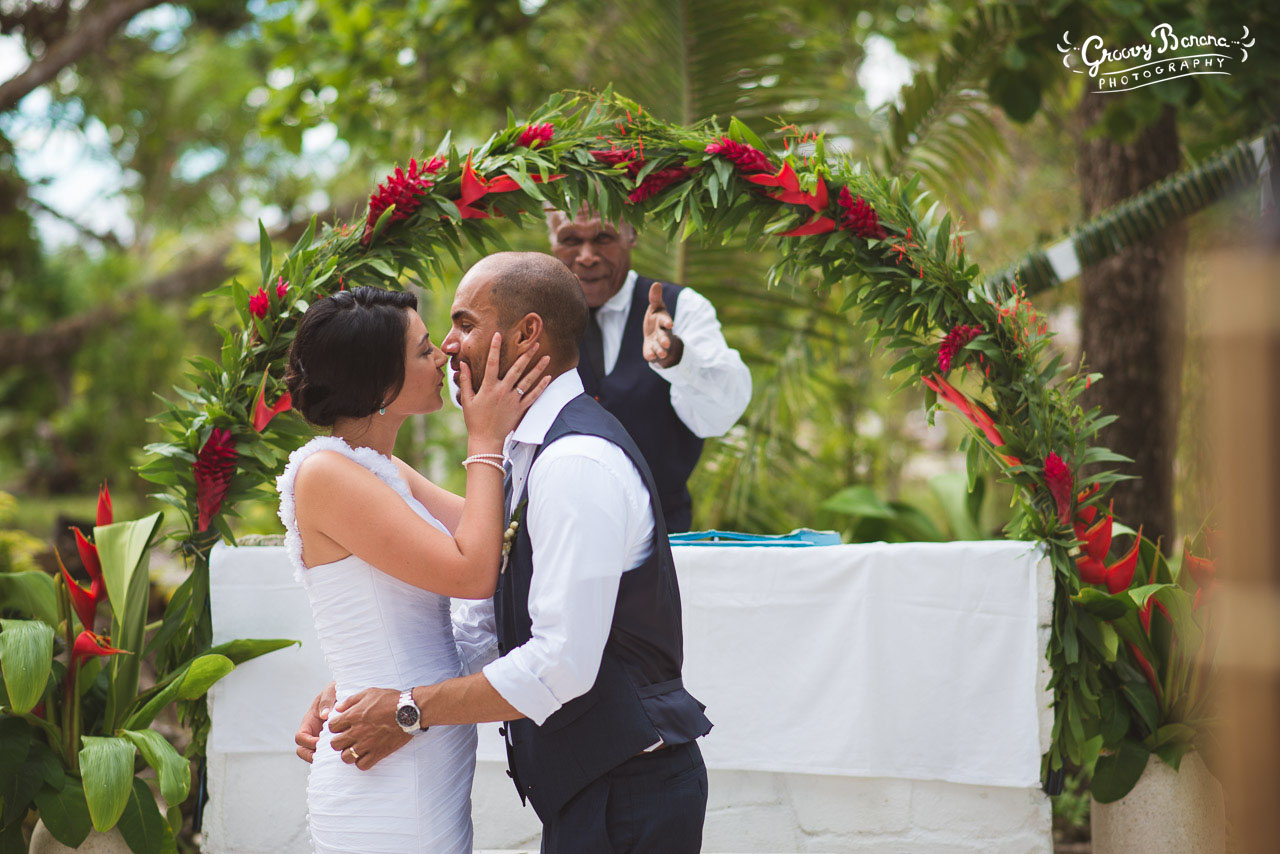 A Great Location Five Minutes From Port Vila By Road And On The Free 24 Hour Ferry Erakor Has Lovely Lagoon Beach Wedding Locations