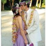 Sinalei-Wedding-Kiss